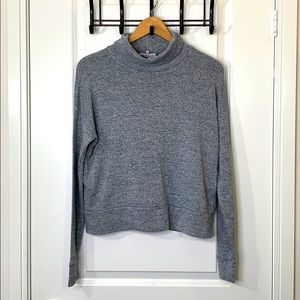Community XS Gray Soft Sweater